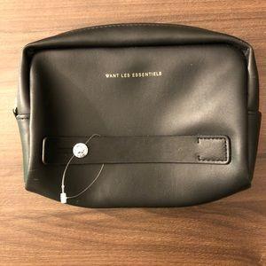 🌵4/$20   WANT Les Essentiels Cosmetic Bag